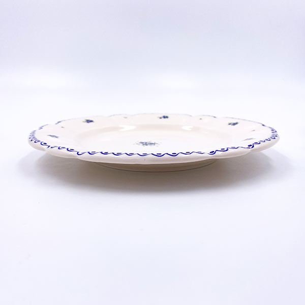 Krožnik ročne izdelani - rebraste oblike - rustikala - gospodinjska keramika