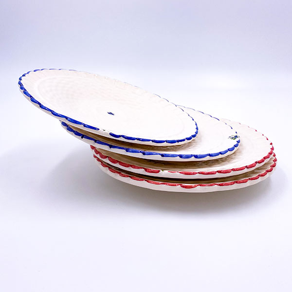 Desertni krožnik ročne izdelave - gospodinjska keramika. Krožnik za slaščice, tortico.